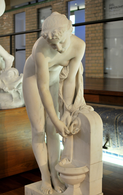 Jeune fille à la fontaine. Pierre Alexandre Schoenewerk.